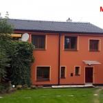 Renovace domu, fasáda, střešní taška KM Beta v černé barvě - RD Jedovnice