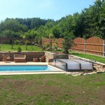 Bazén včetně teréních úprav - RD Černá Hora
