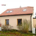 Střecha Tondach Engoba Stodo, klempířské práce, Střešní okna Velux, zateplení Baumit Open - RD Drnovice u Boskovic