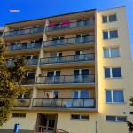 Regenerace BD, zateplení fasády, konstrukce klempířské, výměna skel lodžií – BD Blansko ul. Pekařská