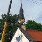 Specializované výškové práce včetně převozu celé věže jeřábem - Kaple Božského Srdce Páně v Kotvrdovicích
